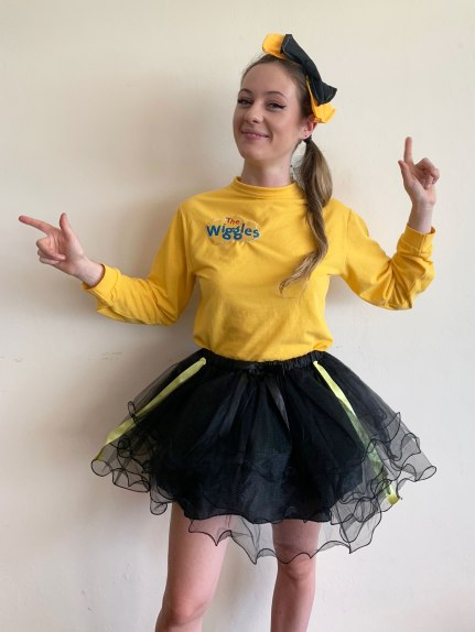 Emma from The Wiggles Childrens party entertainment in Sydney. Packages include Face Painting, Balloon animals and games for kids